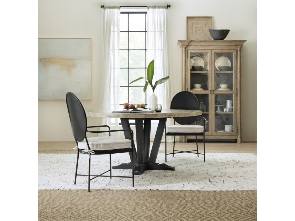 Hooker Furniture Ciao Bella60in Round Dining Table