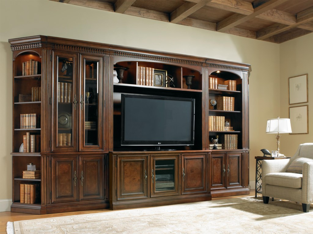Hooker Furniture European Renaissance IISix-Piece Entertainment Wall