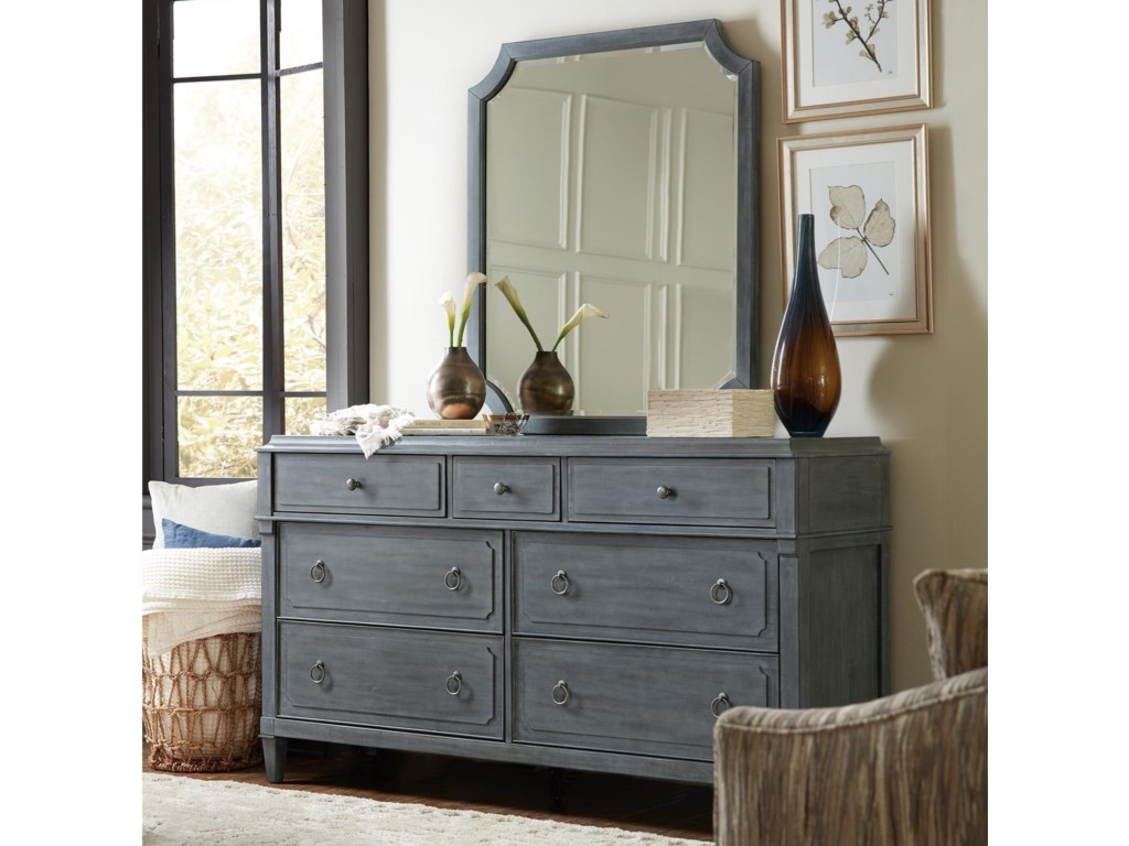 Hooker Furniture HamiltonSeven-Drawer Dresser & Mirror