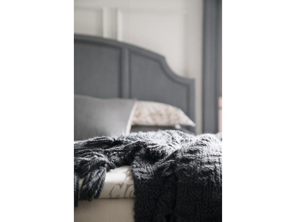 Hooker Furniture HamiltonKing Wood Panel Bed