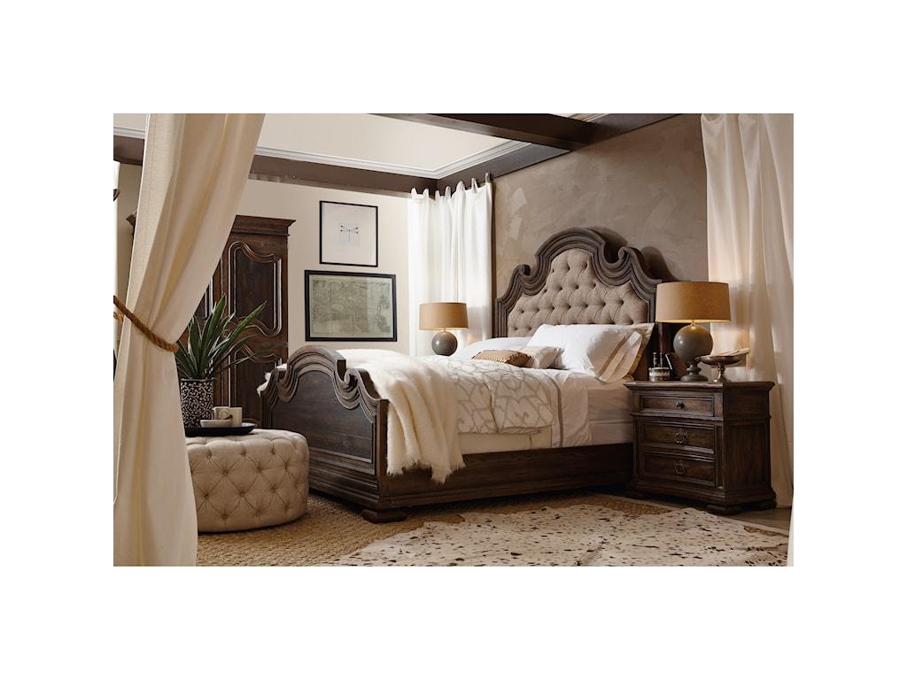 Hooker Furniture Hill CountryElmendorf Three-Drawer Nightstand