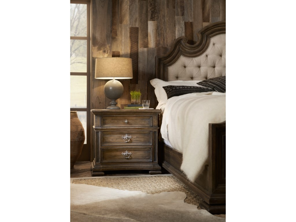 Hooker Furniture Hill CountryFloresville Bachelors Chest