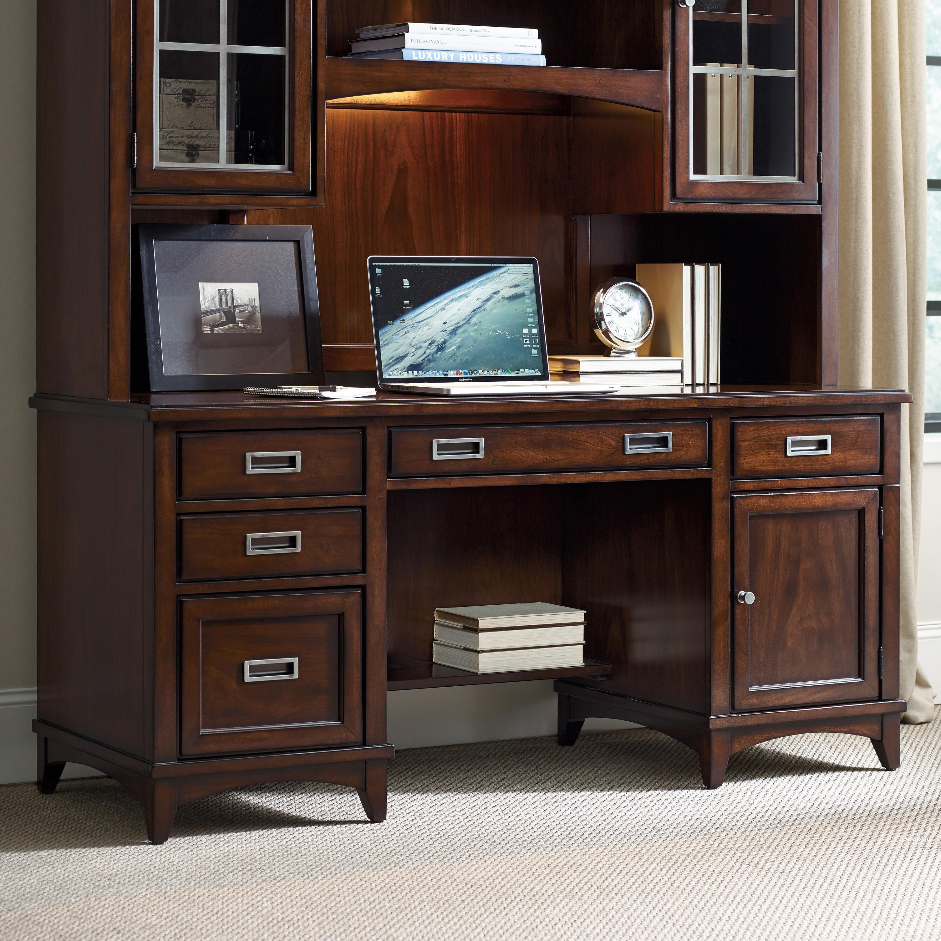 Etonnant Hooker Furniture Latitude Walnut Computer Credenza