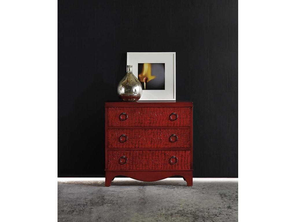 Hooker Furniture Mélangered drawer chest