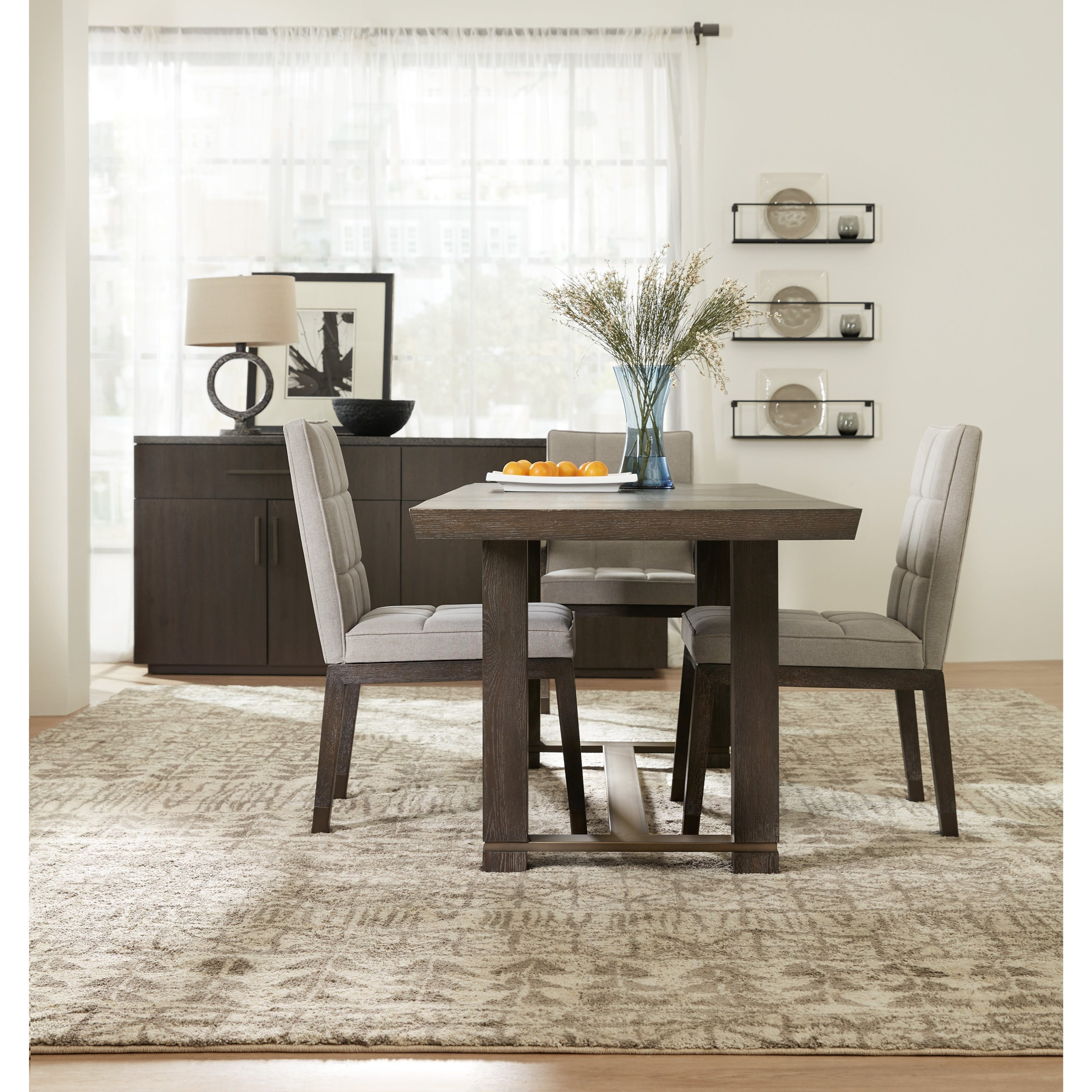 Attirant Hooker Furniture Miramar Aventura Casual Dining Room Group