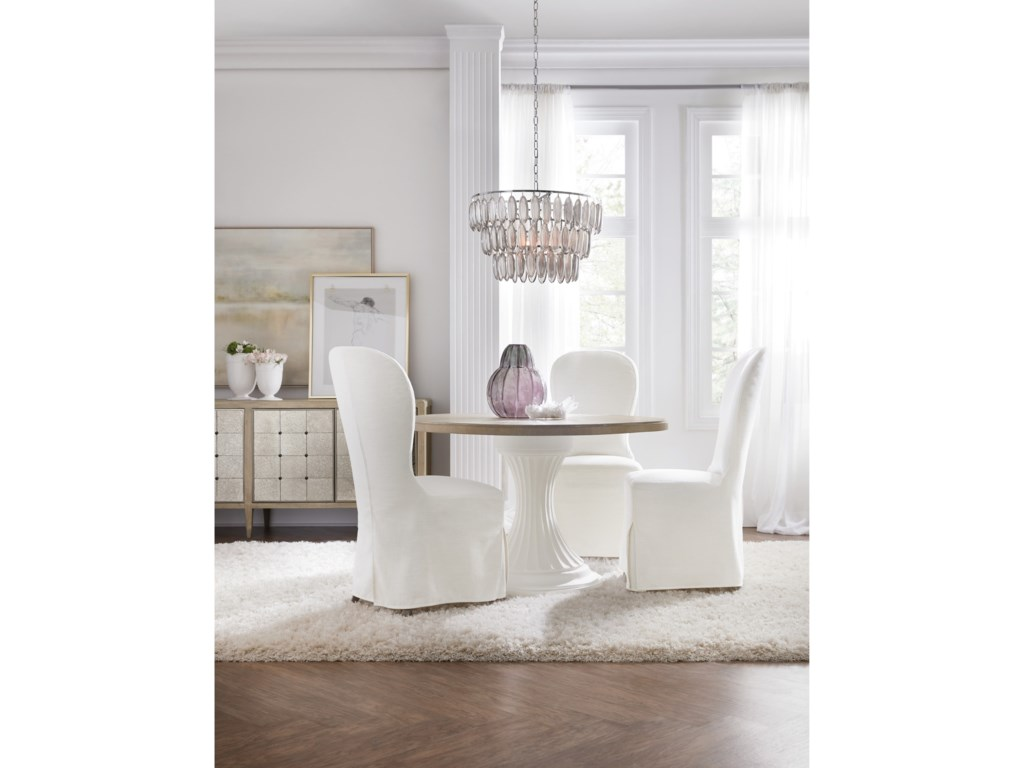 Hooker Furniture Modern Romance48