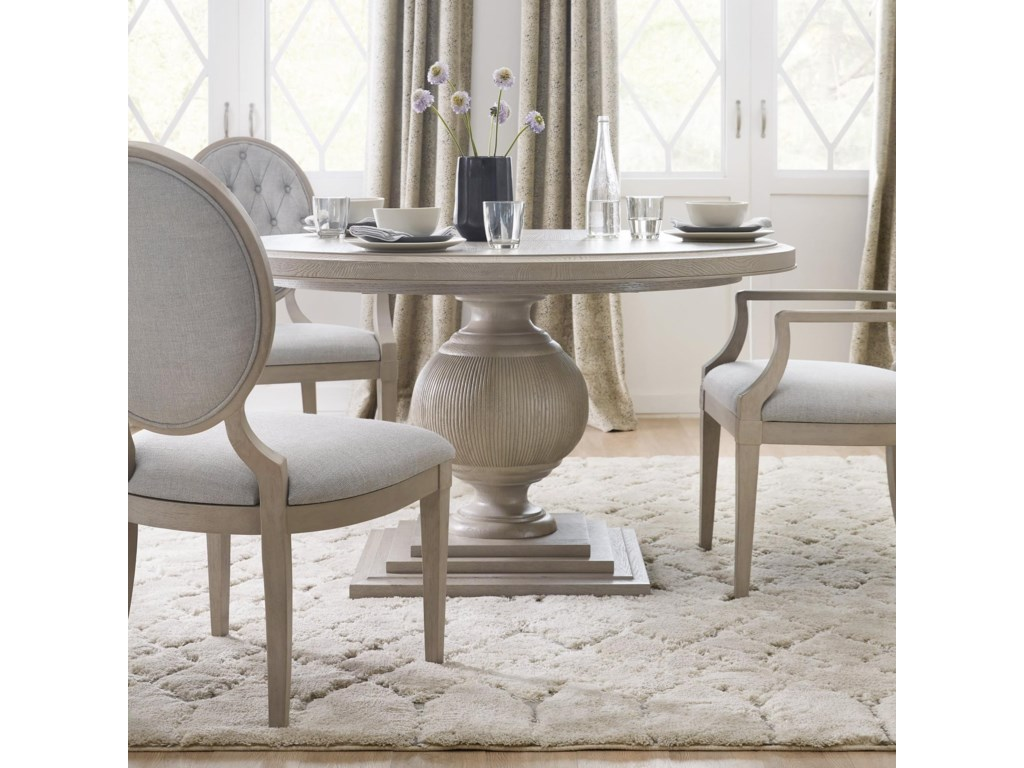 Hooker Furniture ReverieRound Dining Table with 18