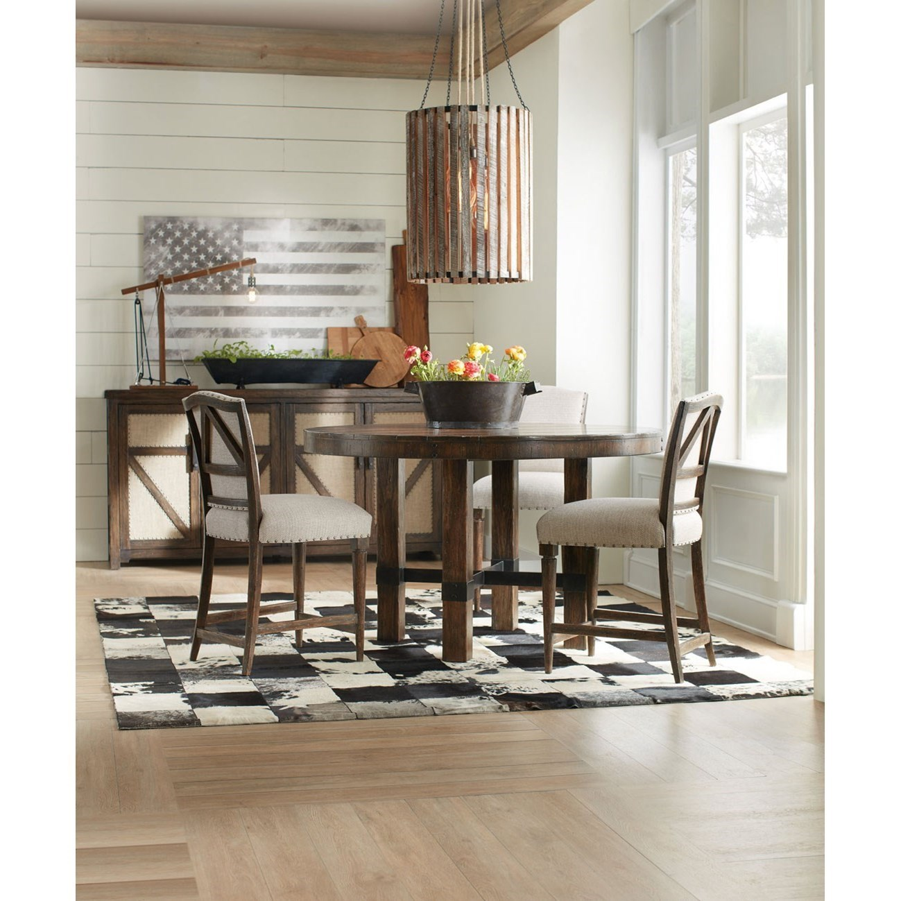 Hooker Furniture American Life   Roslyn CountyCasual Dining Room Group