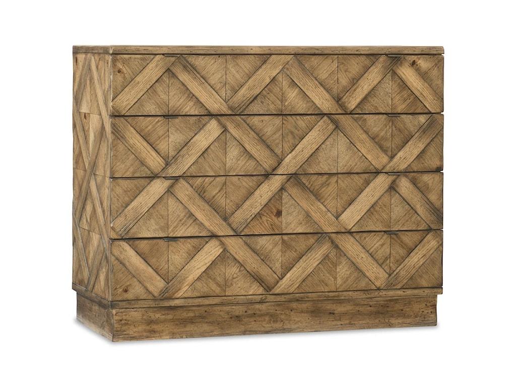 Hooker Furniture American Life - Roslyn County4 Drawer Bachelors Chest