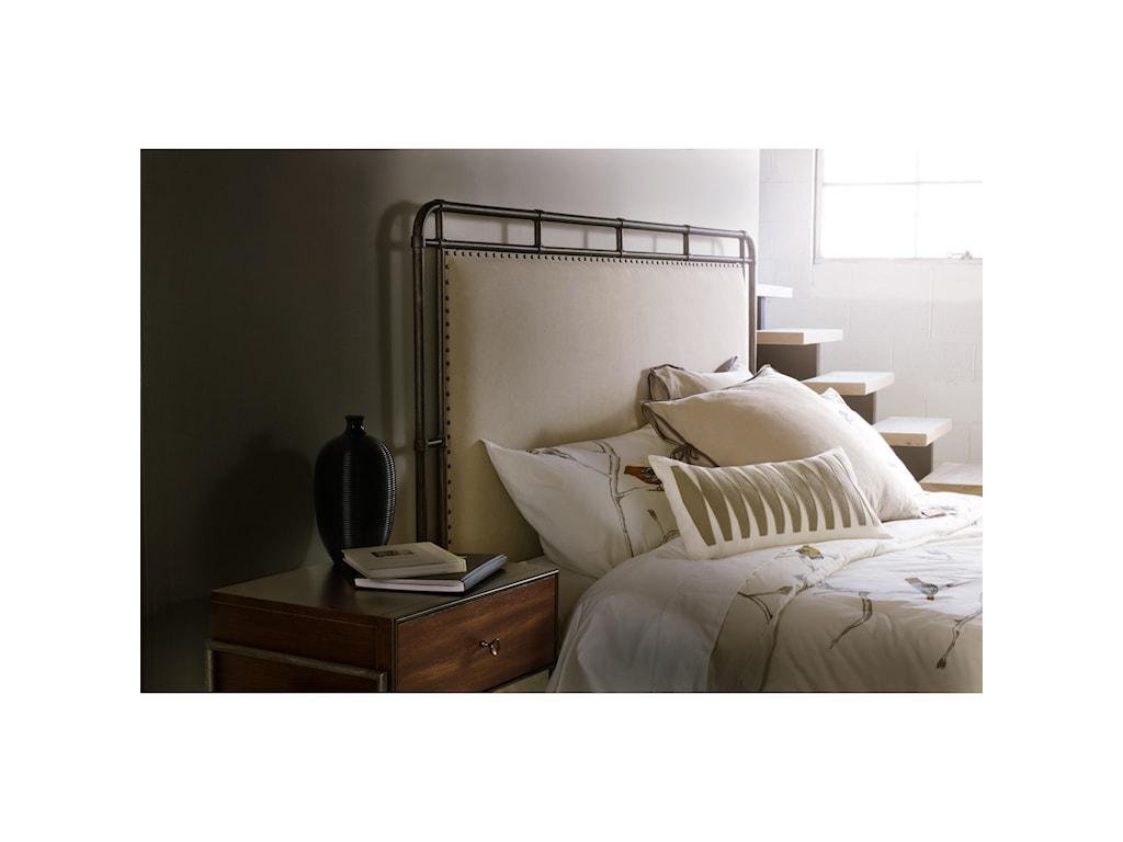 Hooker Furniture Studio 7HQueen Slumbr Metal Upholstered Bed