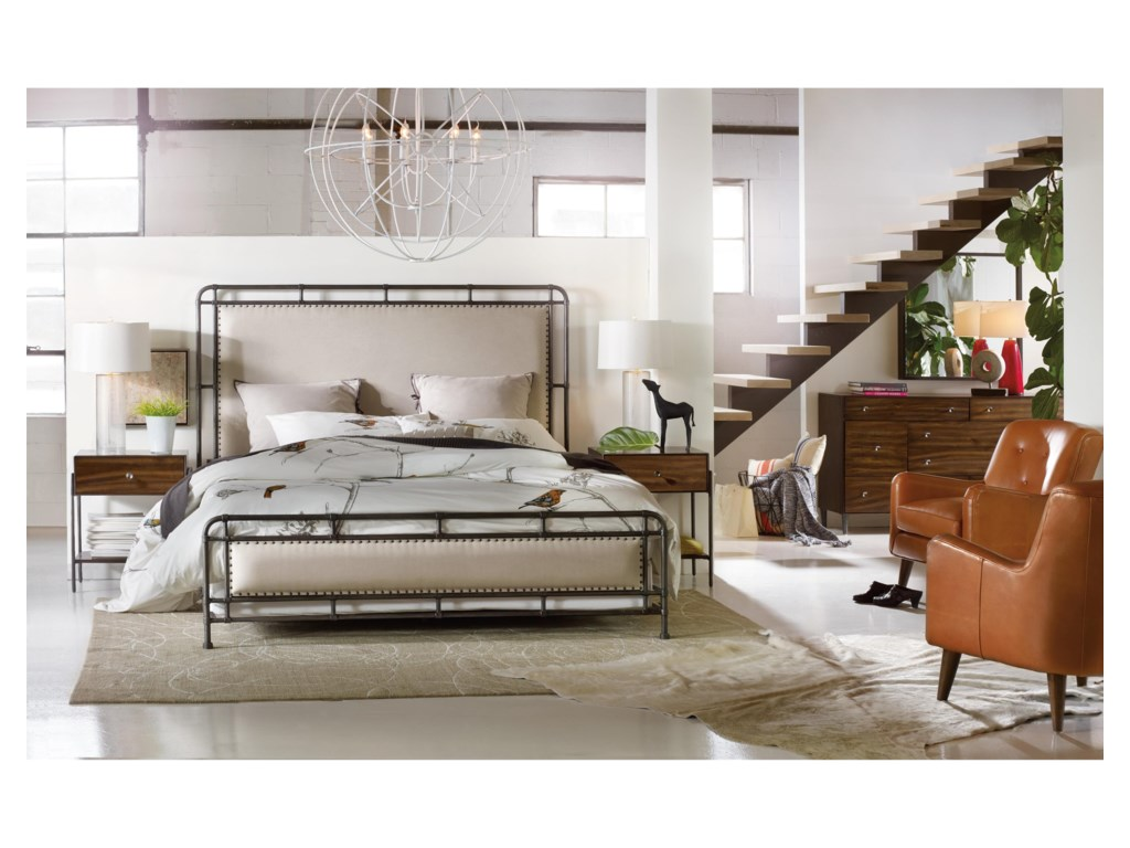 Hooker Furniture Studio 7HKing Slumbr Metal Upholstered Bed