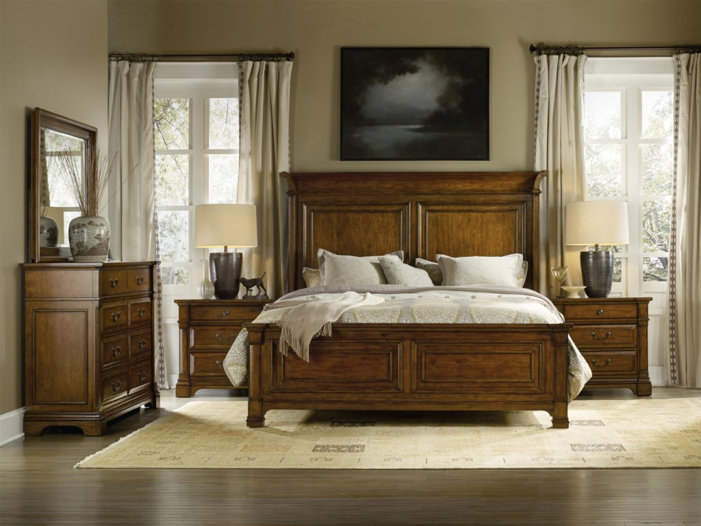Hooker Furniture TynecastleKing Panel Bedroom Group