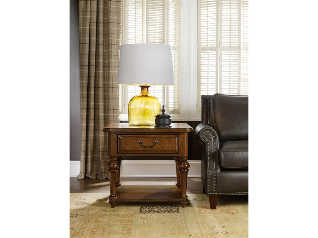 Hamilton Home AberdeenLamp Table