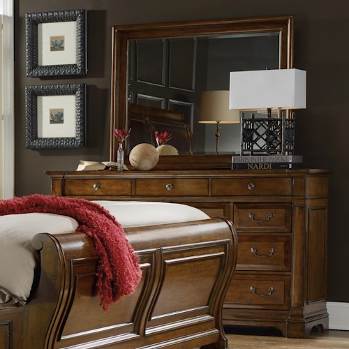 Hooker Furniture Tynecastle Traditional Dresser and Mirror Set