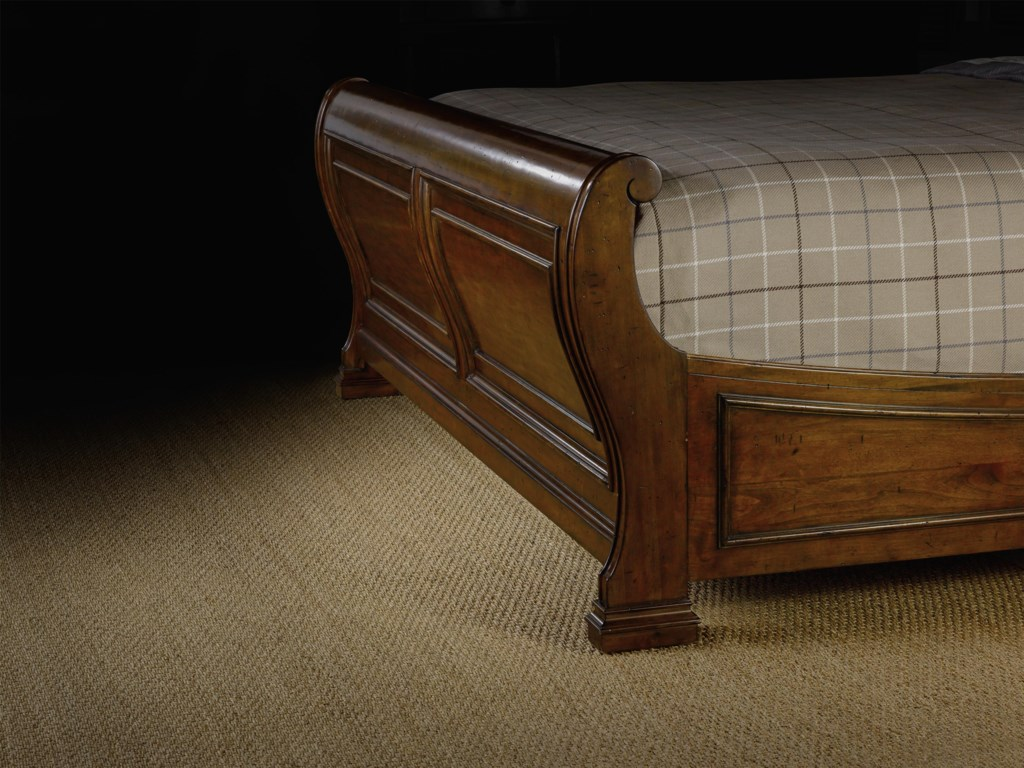 Hooker Furniture TynecastleCalifornia King Sleigh Bed