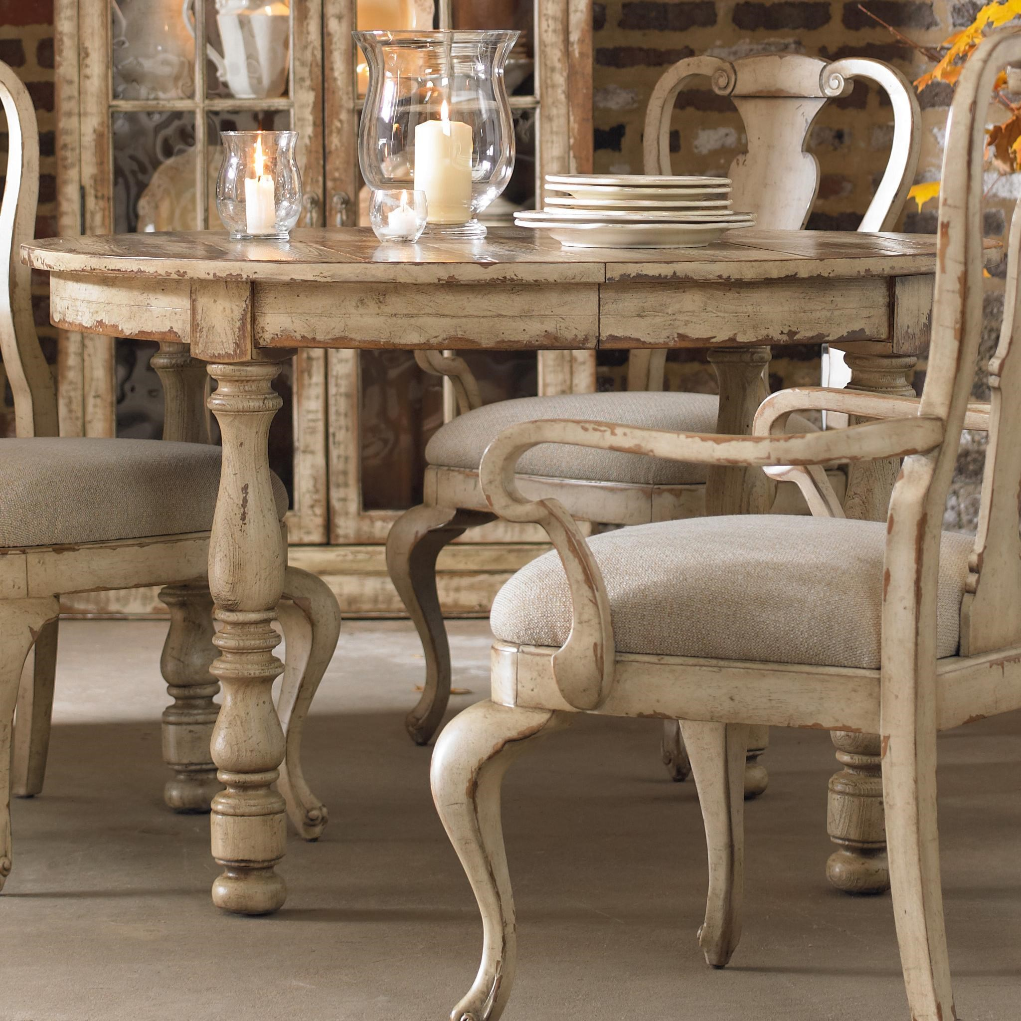 Hooker Furniture Wakefield Round Leg Dining Table With Expandable Leaf U0026  Two Tone Distressed Finish