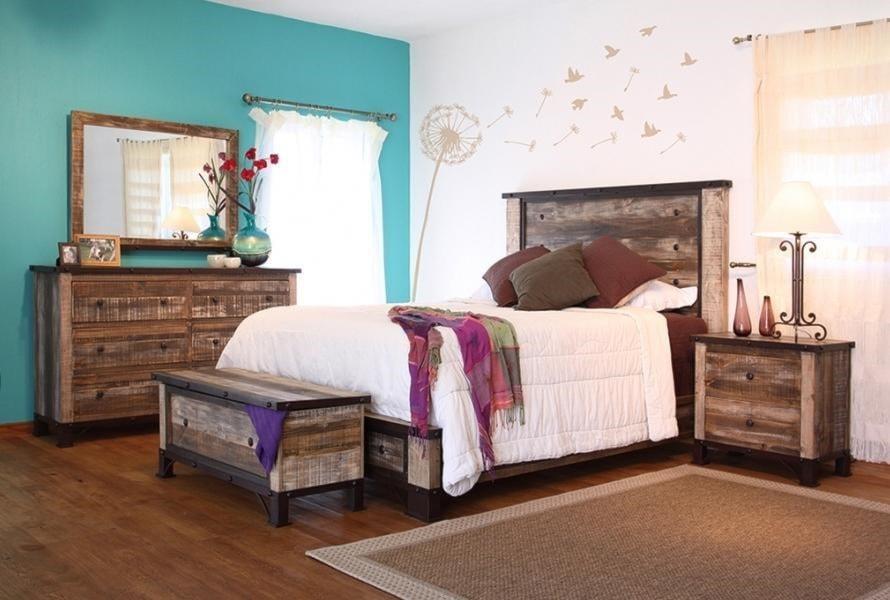 International Furniture Direct Antique4-Piece Queen Bedroom Set