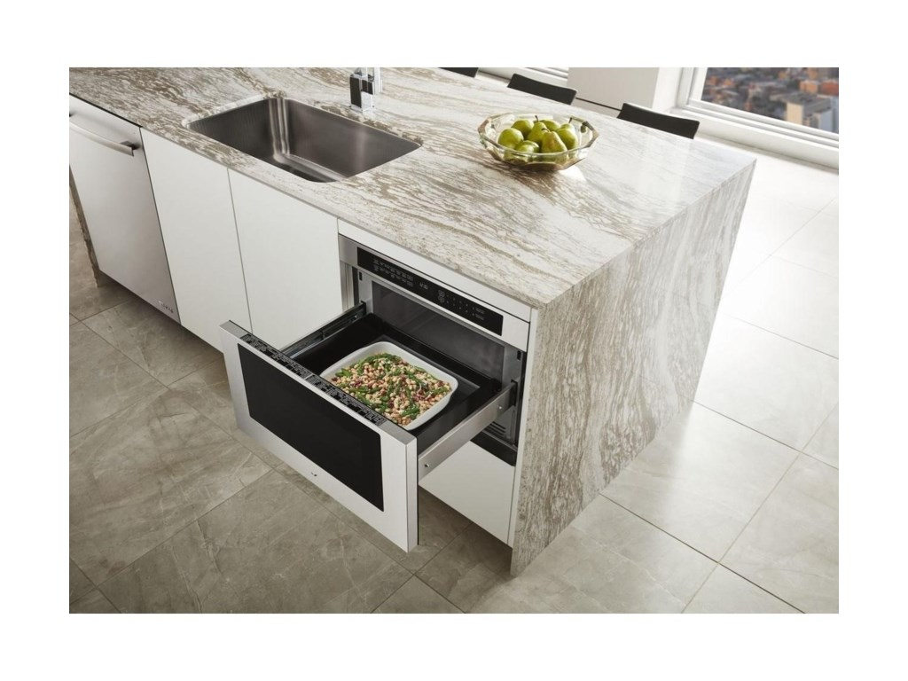 Under counter microwave oven with drawer