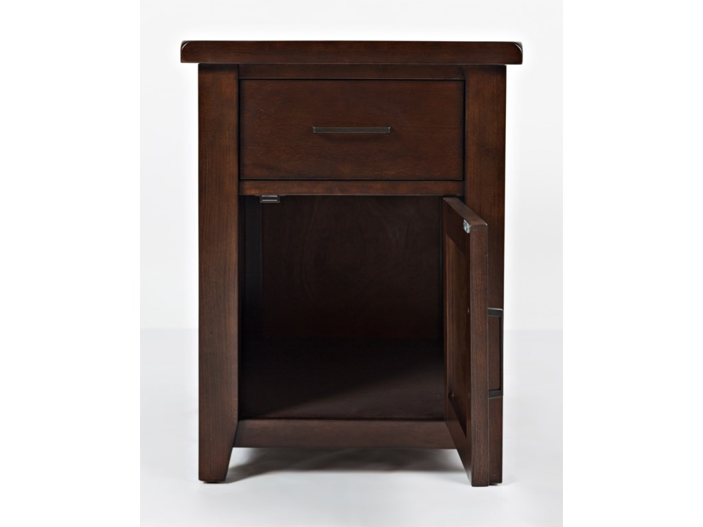 Jofran Twin CitiesChairside Table