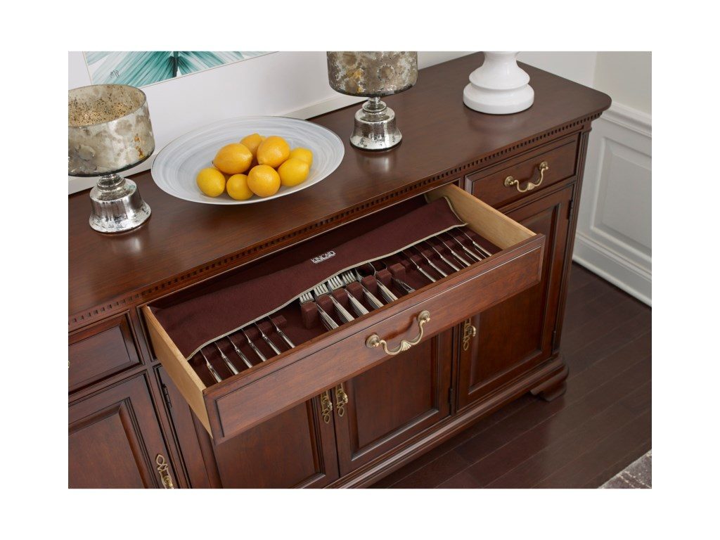 Kincaid Furniture Hadleigh Traditional Buffet With Adjustable