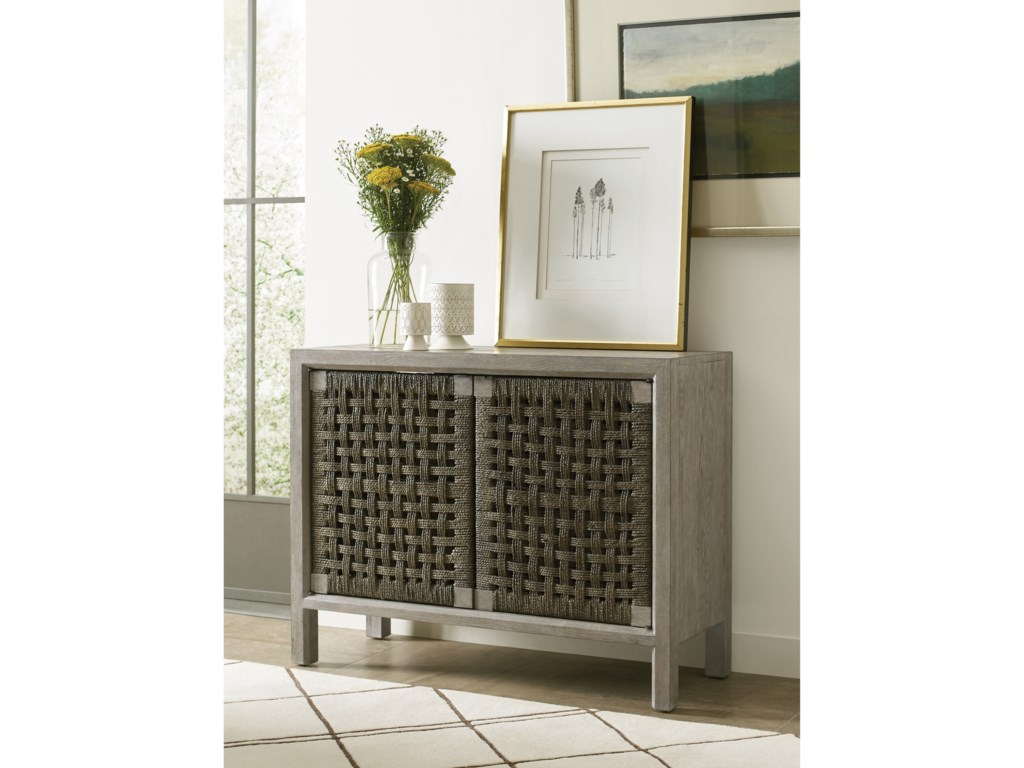 Kincaid Furniture TrailsLivingston Console Cabinet