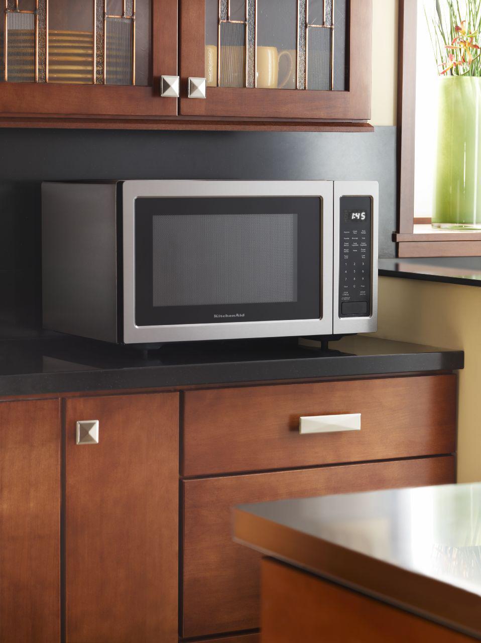 ... KitchenAid Microwaves   Kitchenaid2.2 Cu. Ft. Countertop Microwave Oven