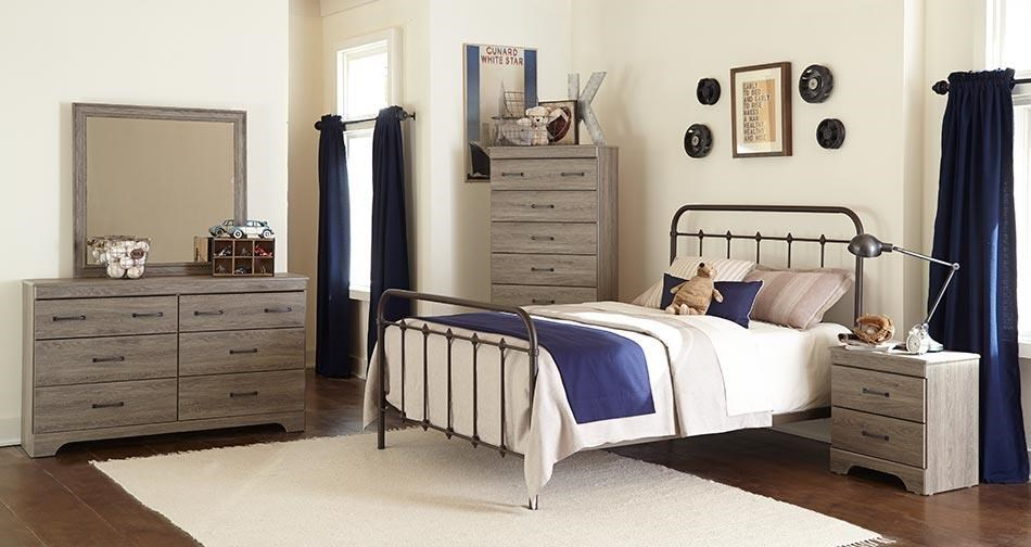 Kith Furniture Jourdan CreekFull Bed with Rails, Dresser, Mirror & Night