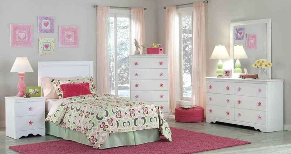 Kith Furniture SavannahDresser & Mirror