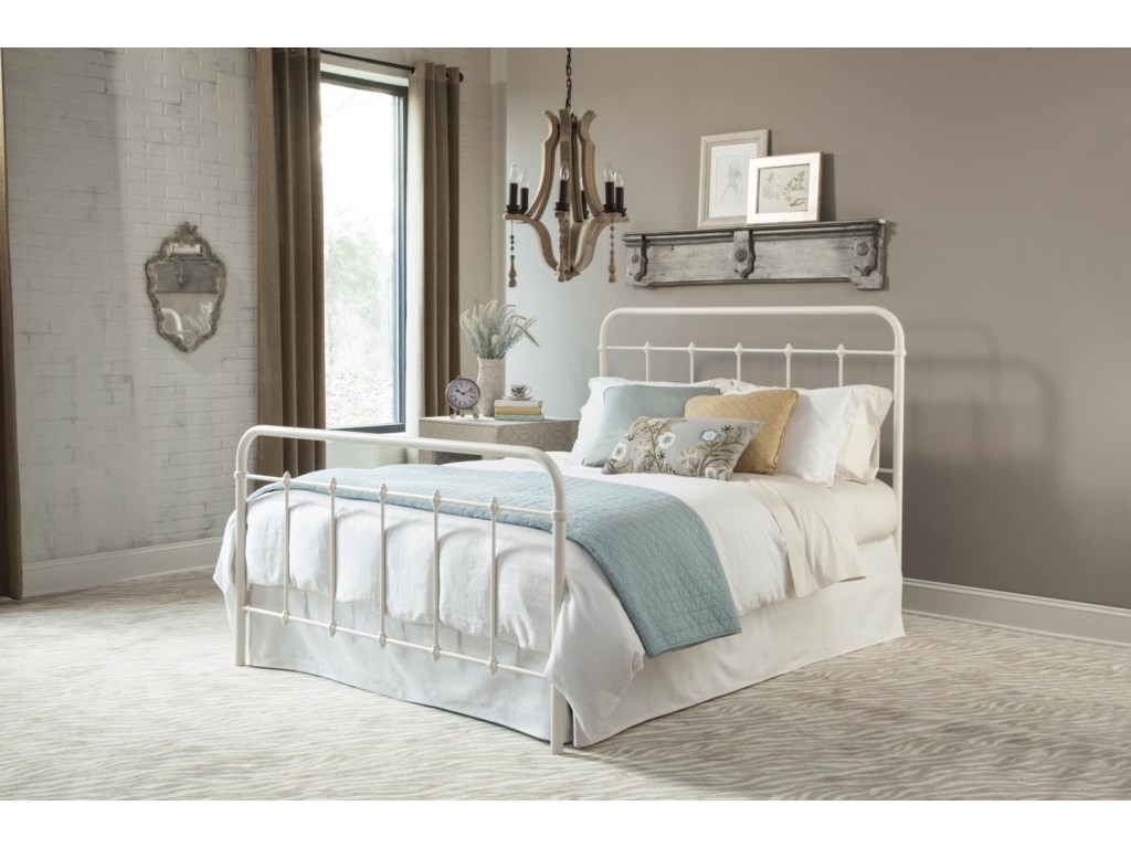 Kith Furniture 899White Queen Metal Bed