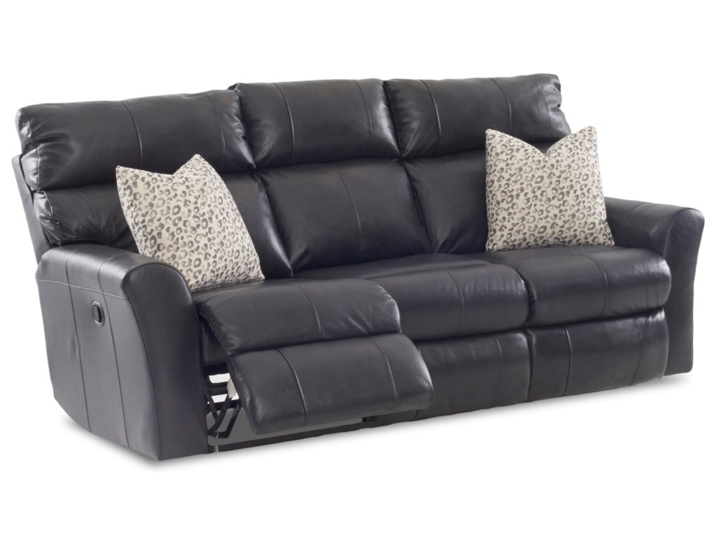 Klaussner XavierReclining Sofa (3 Mech) w/ Pillows