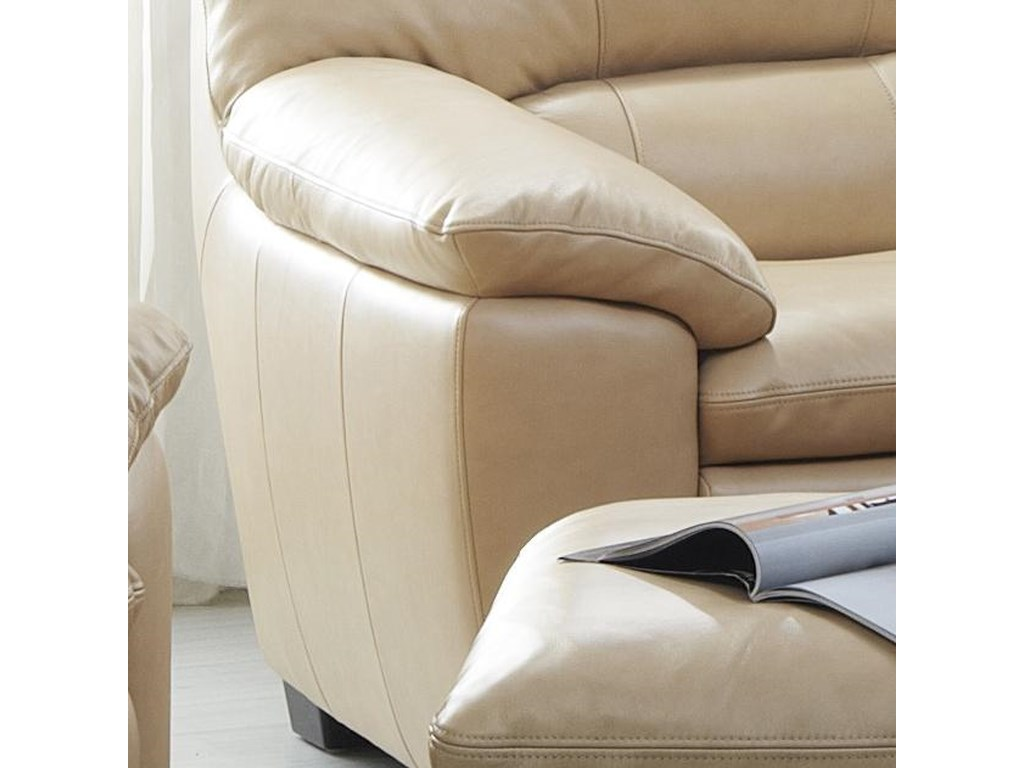 Kuka Home 1588Upholstered Chair