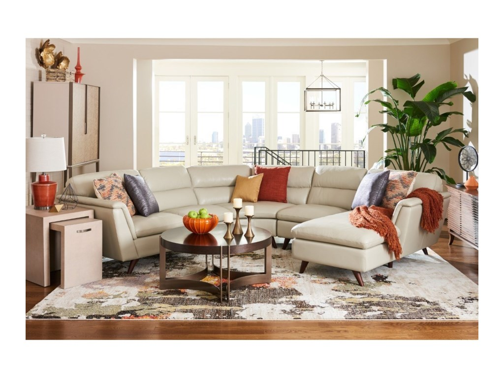 La-Z-Boy Arrow4 Pc Sectional Sofa w/ LAS Chaise