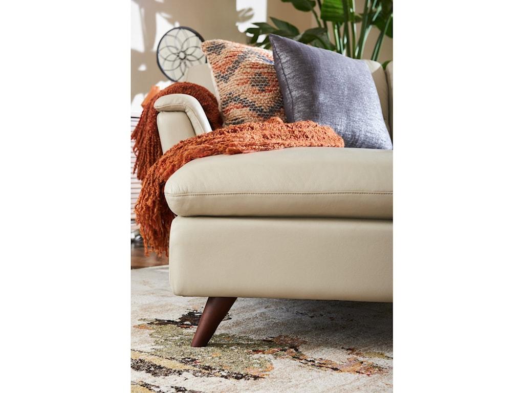 La-Z-Boy Arrow4 Pc Sectional Sofa w/ RAS Chaise