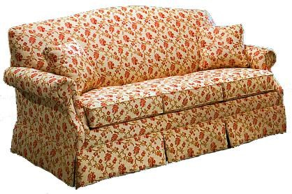 Lancer 1540 Stationary Short Sofa With Skirt