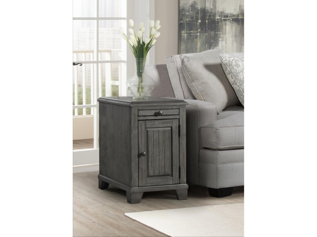 Lane 7649Chairside Table