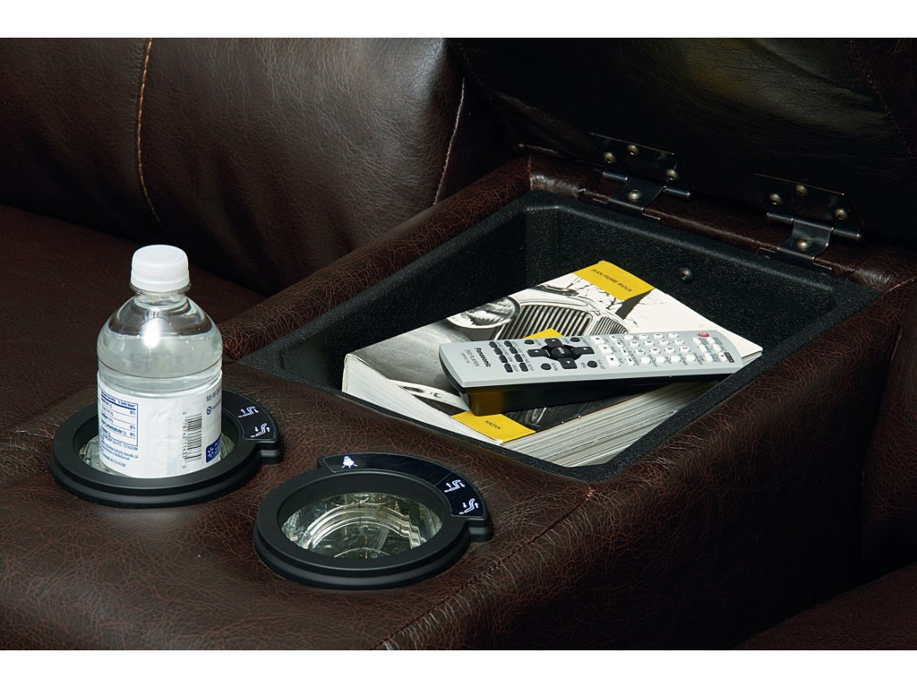 Built-In Cupholders and Storage Console