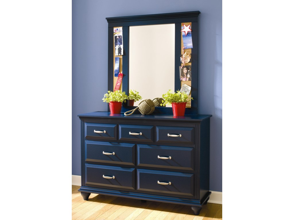 Lang Madison7 Drawer Dresser with Mirror Combination