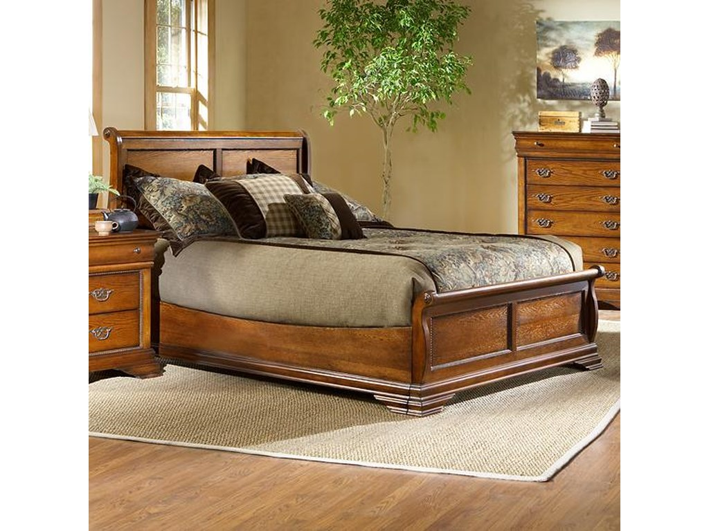 Largo Shenandoah Queen Size Low Profile Sleigh Bed With