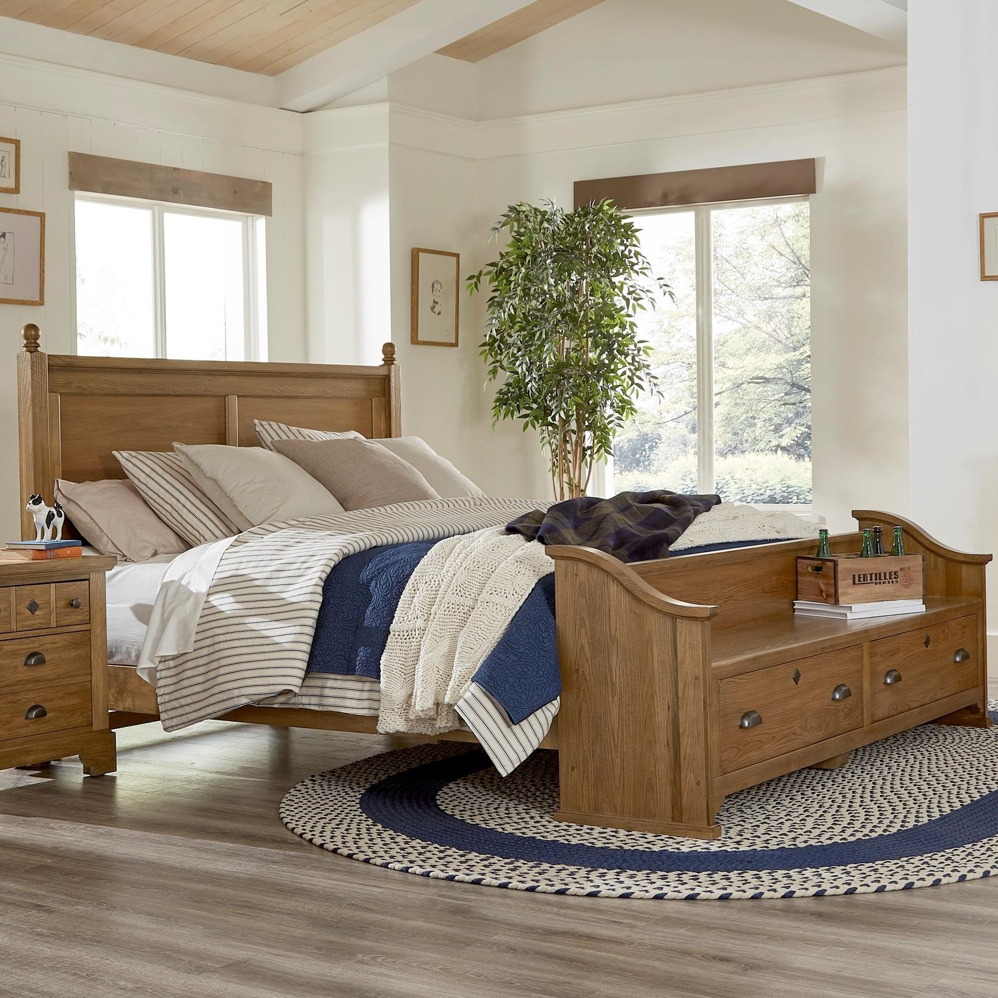 Picture of: Laurel Mercantile Co Lmco Home Relaxed Vintage Queen Poster Bed With Footboard Storage Bench Wayside Furniture Poster Beds