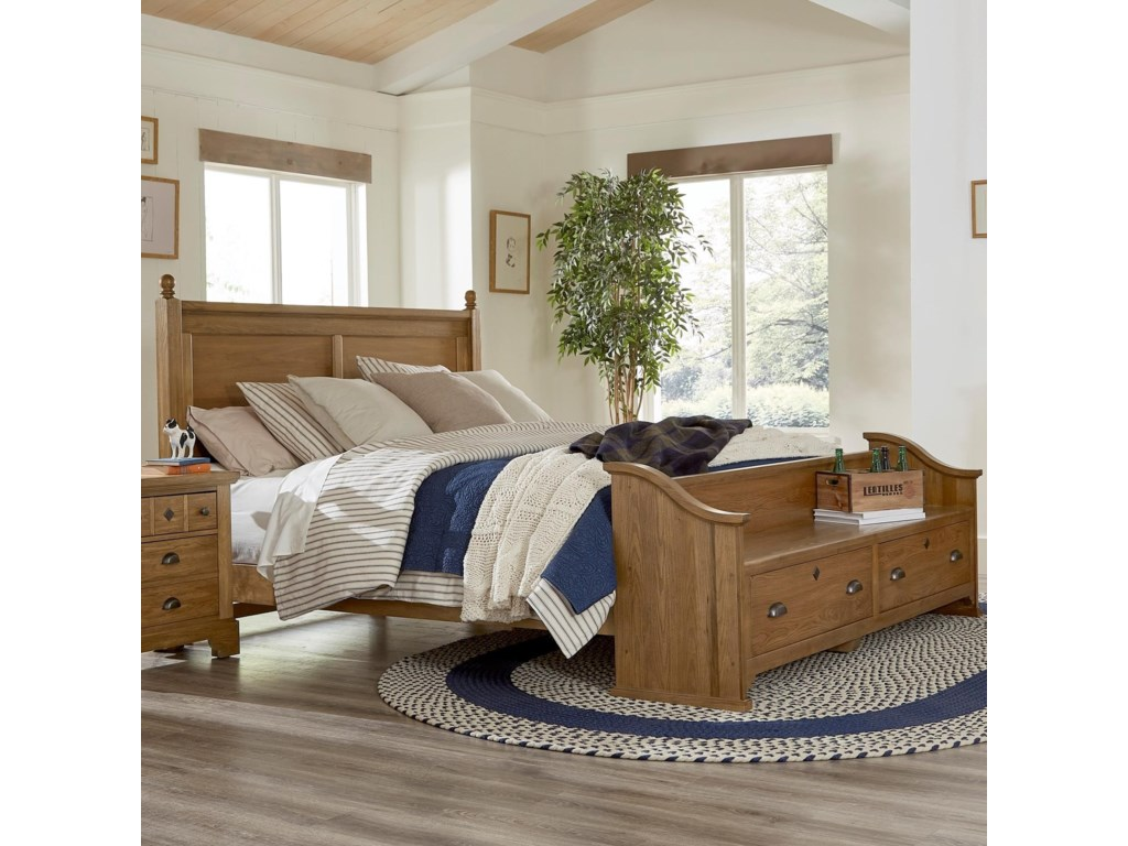 Laurel Mercantile Co. LMCo. HomeQueen Poster Bed