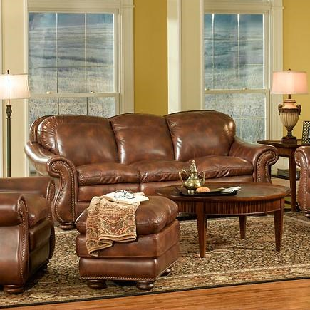 Leather Italia USA Duplin Traditional Leather Sofa With Curved Back