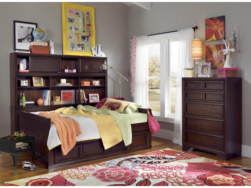 Shown with Bookcase Daybed and Drawer Chest
