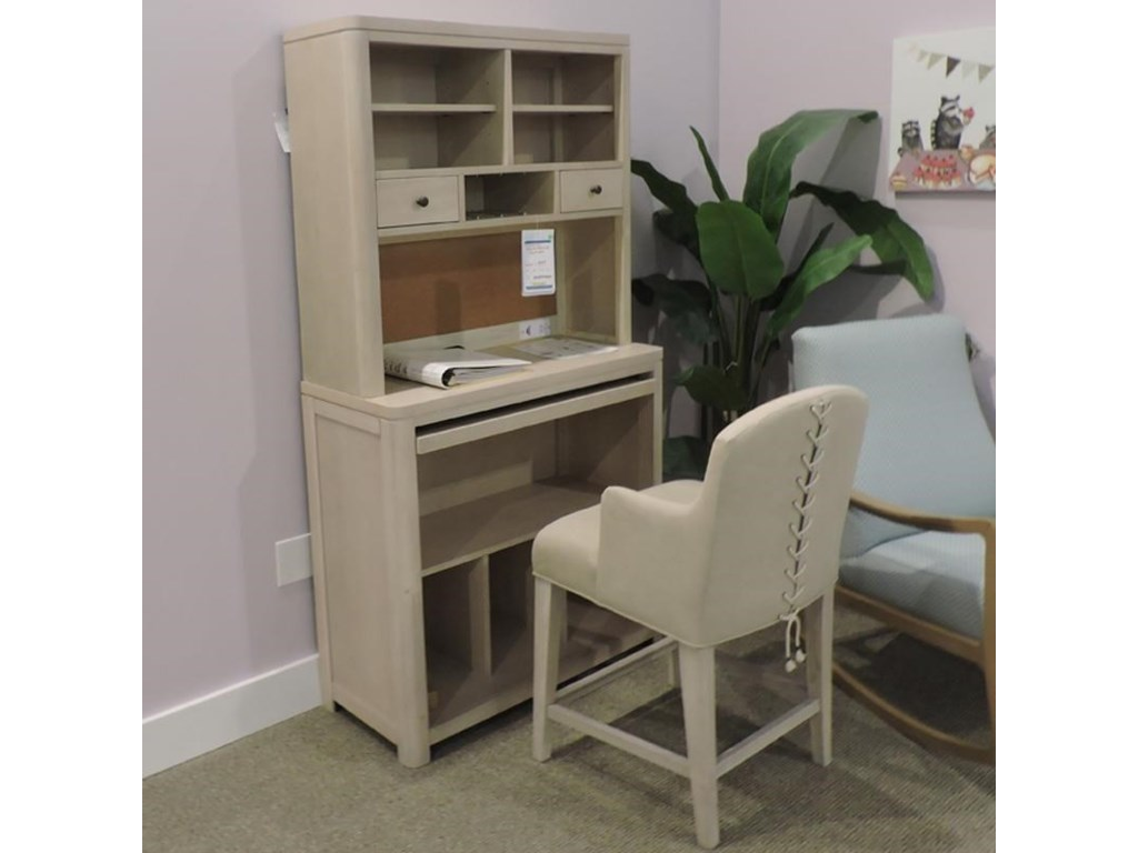 Legacy Classic ClearanceDesk, Hutch, and Chair