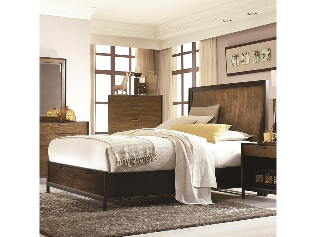 Legacy Classic KateriQueen Panel Bed w/ Storage