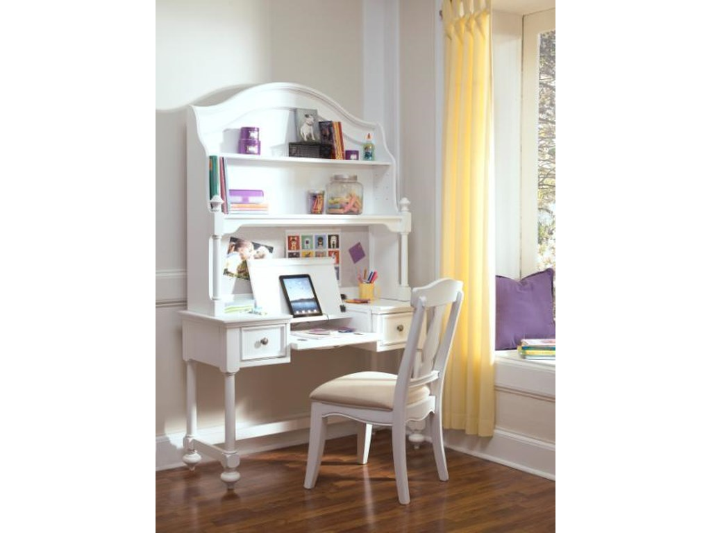Legacy Classic Kids MadisonDesk and Hutch