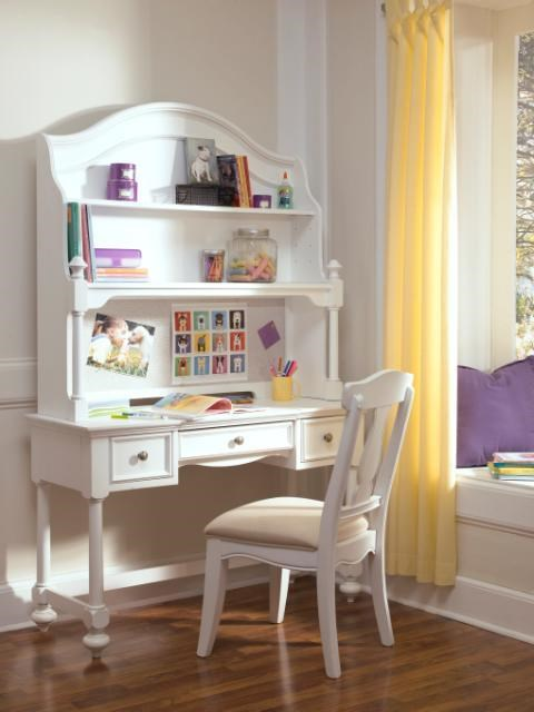 Legacy Classic Kids MadisonDesk Chair