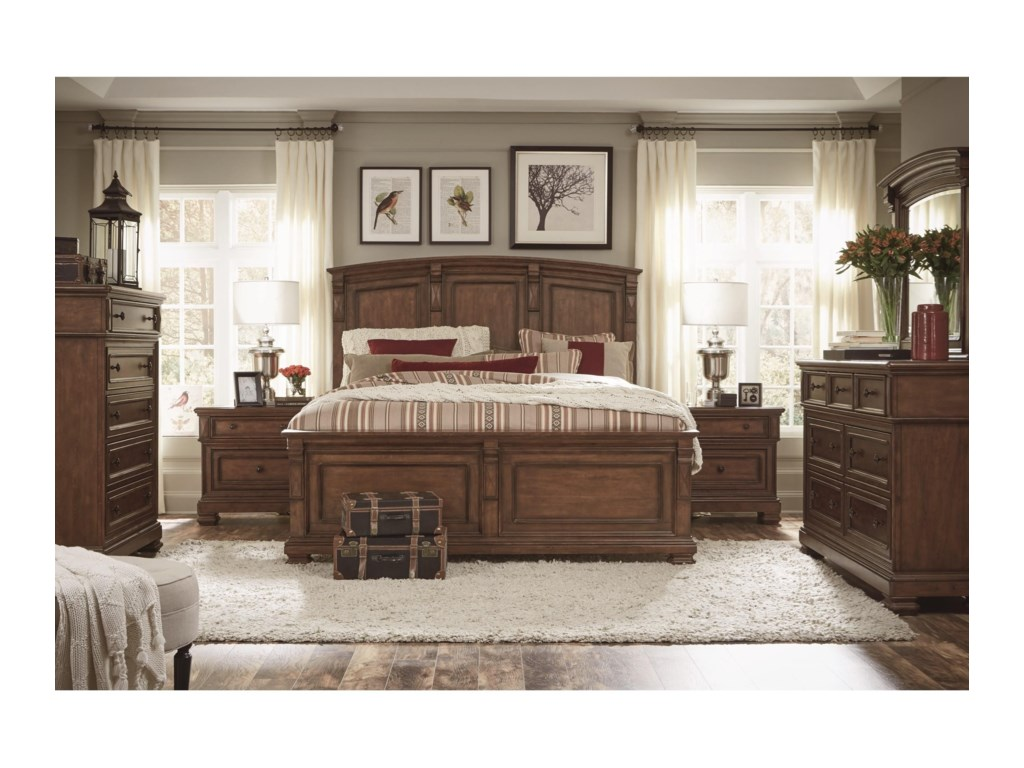 Legacy Classic Oxford PlaceQueen Panel Bed