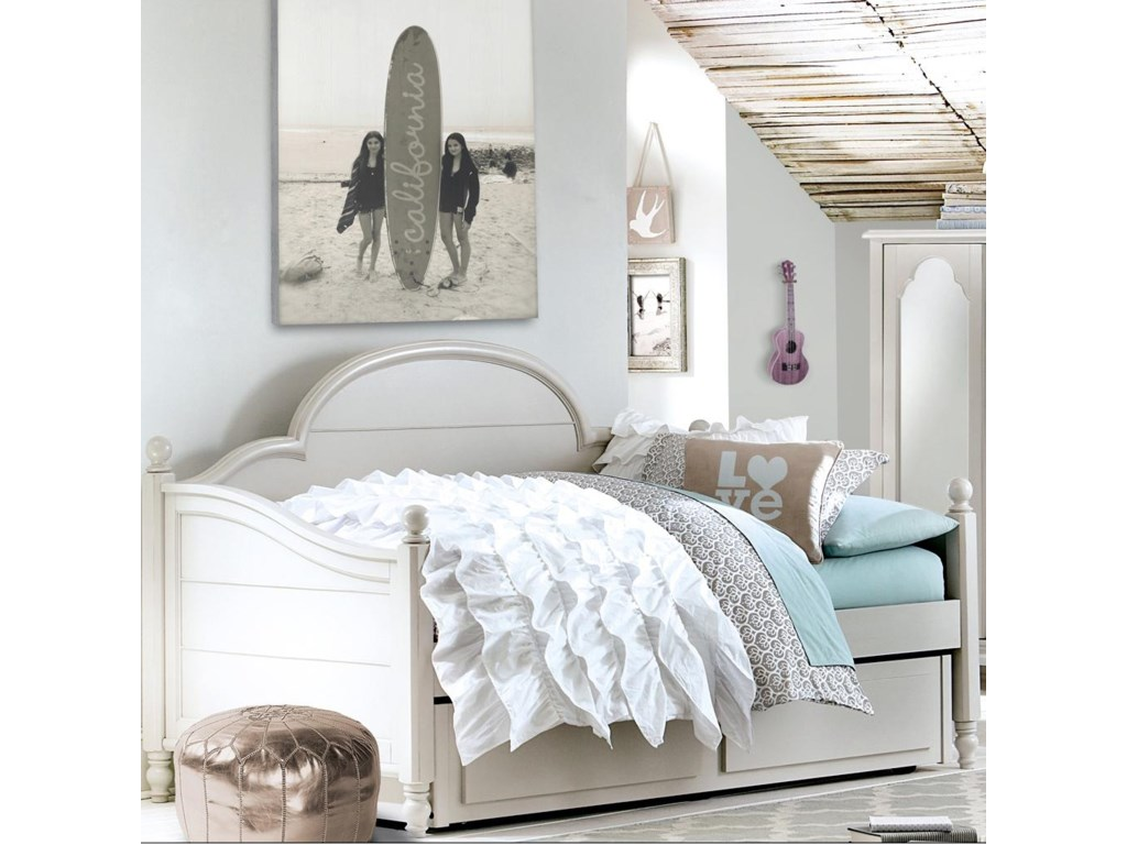 Legacy Classic Kids Inspirations by Wendy BellissimoTwin Bed