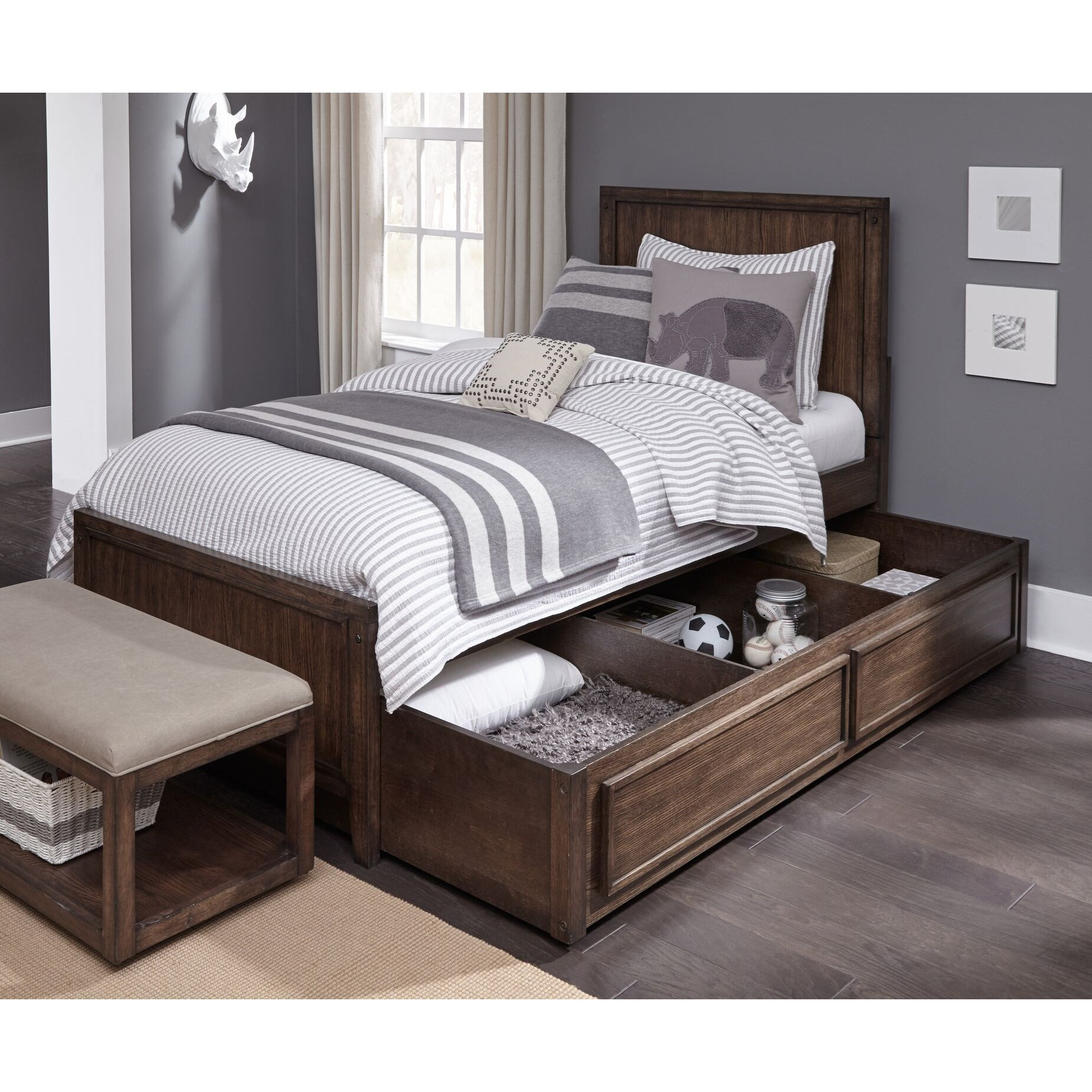 Charmant Legacy Classic Kids Sawyers MillTwin Panel Bed With Storage Trundle ...