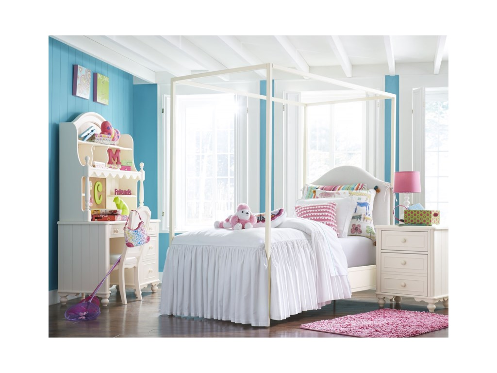 Legacy Classic Kids SummersetTwin Metal Poster/Canopy Bed